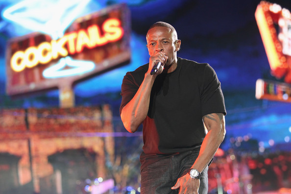 Dr+Dre+2012+Coachella+Music+Festival+Day+3+TjwuK3wf5FIl