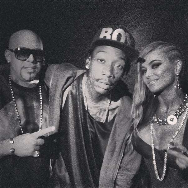 Mally-Mall-Wiz-Khalifa-и-Carmen-Electra.