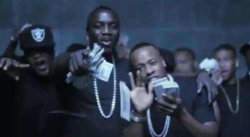 akon-we-on-video-500x274